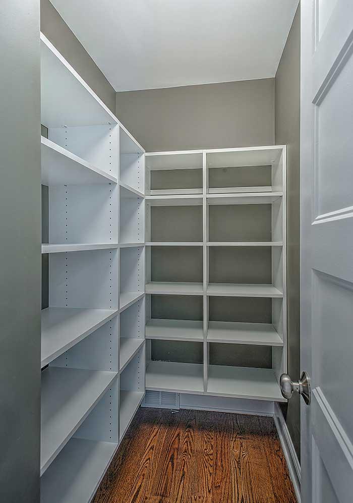 bedrooms-closets-3
