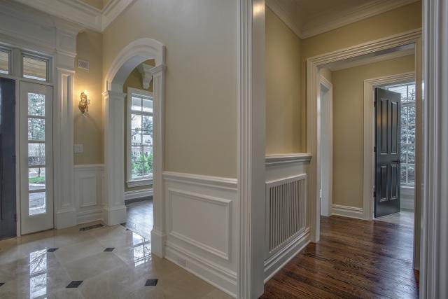 Foyer/Hallway/Common Area 1