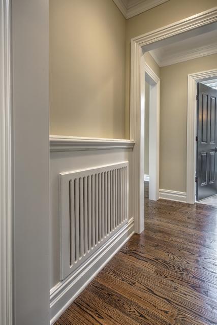 Foyer/Hallway/Common Area 2