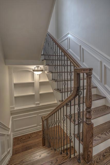 Foyer/Hallway/Common Area 6
