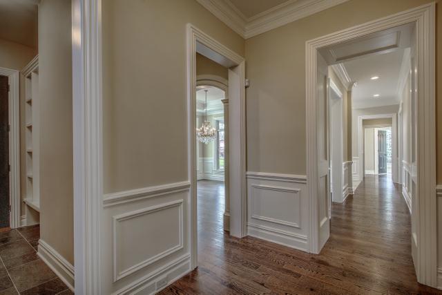 Foyer/Hallway/Common Area 8