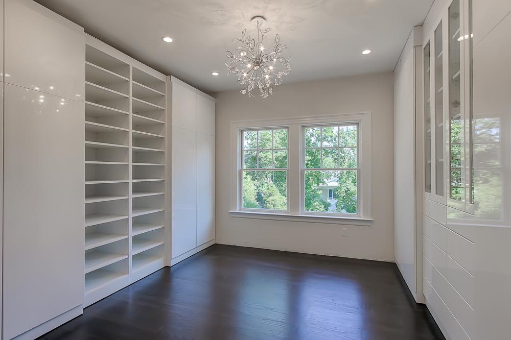 Her Closet2